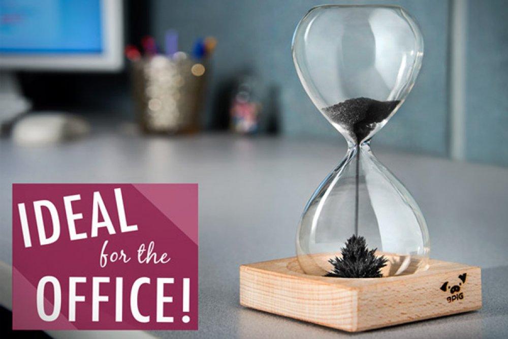 Prietenul tau petrece mult timp la birou? Iata cateva idei de cadouri