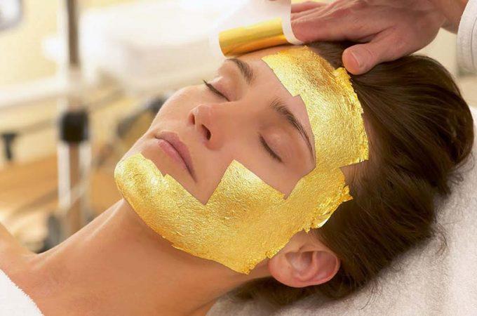 Cu Gold Mask poti renunta la excesul de fond de ten
