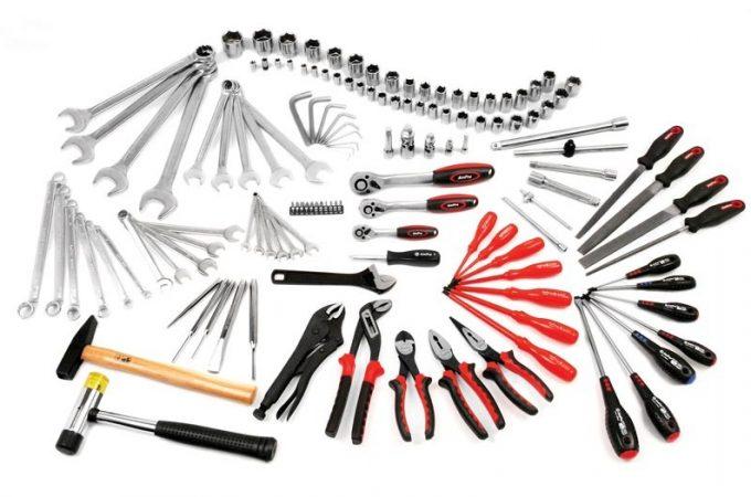 Scule profesionale de mână, pentru domenii industriale, furnizate de Tehnovest