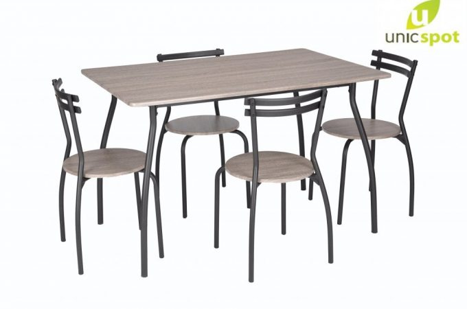 Pregateste livingul pentru toti cei care iti vor trece pragul de sarbatori cu mici piese de mobilier de la Unic Spot